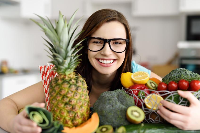 Pour une alimentation variée et saine, privilégiez les légumes, les viandes maigres, le poisson et les fruits. jechangemylife.com